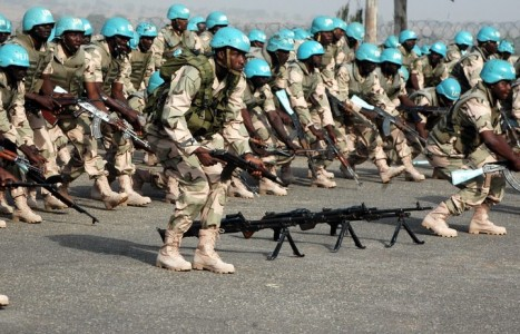 Nigeria soldiers army 467x300 - Soldiers accuse Nigeria Military of shortchanging them of N320, 000 each after Mali operation