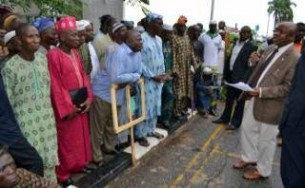 Protesting Military Pensioners being addressed by Ogun SSG