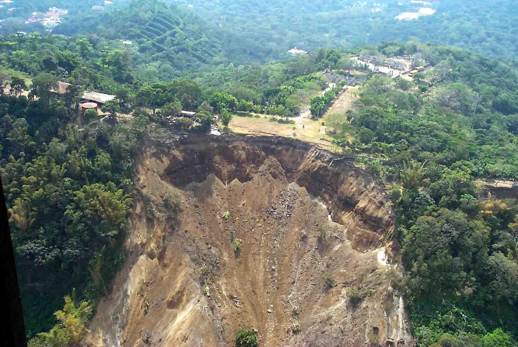 Landslide kills 9 people in Calabar - Premium Times Nigeria
