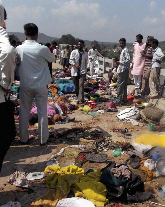 India Temple Stampede Death Toll Climbs To 115 Premium