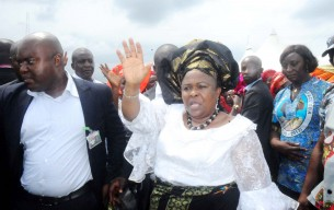 Patience_Jonathan_at_burial_Mrs_Oba