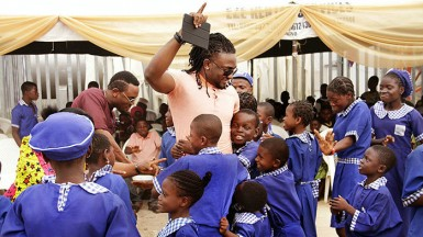 Uti gives to the less privileged