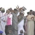 Nigerians lambast Jonathan for singing, dancing at campaign rally while nation mourns bomb blast victims