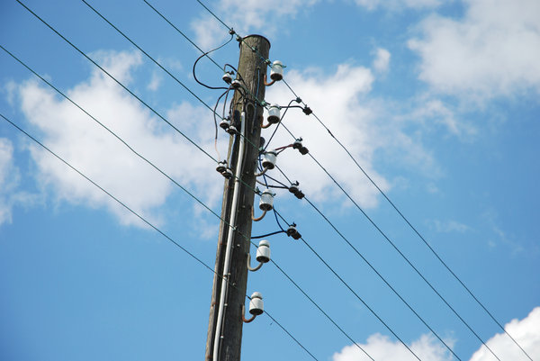 Thief electrocuted to death while trying to steal electric cable ...