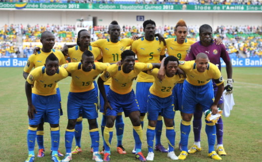 Gabon's players (L-R, first row) Levy Cl