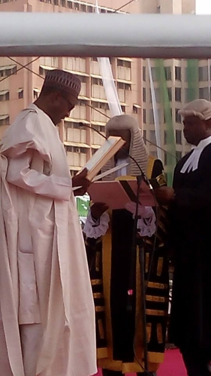 Buhari taking oath of office