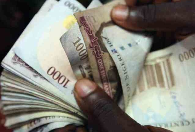http://media.premiumtimesng.com/wp-content/files/2016/04/naira_notes-638x431-1.jpg