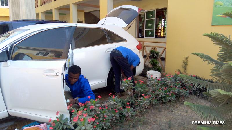 How Start A Drive Through Car Wash