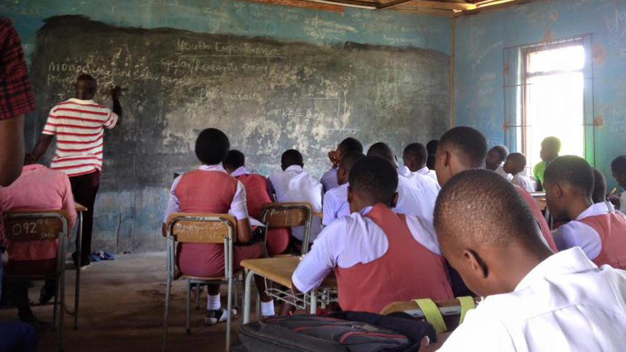 education in nigeria Education first nigeria (edufirstng), yesterday said all is set to embark on a campaign themed raising the standard of education in nigeria, a campaign which aligns with the united nations.