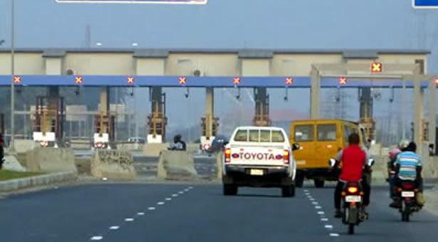 Toll gates to return to Nigerian roads soon - Fashola | Premium Times  Nigeria
