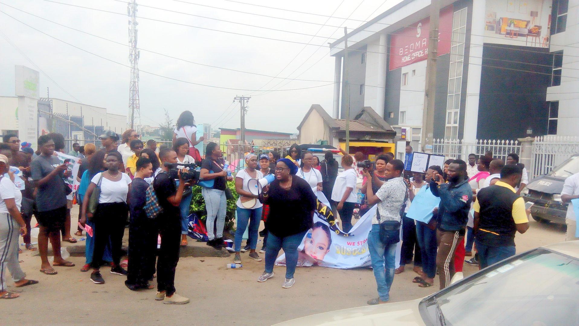 Umrah Banner: Rape Scandal: Like Abuja, Churchgoers Throng Lagos COZA