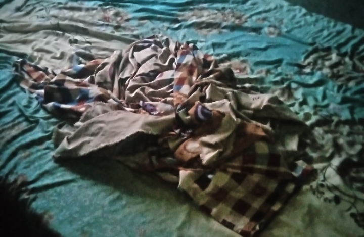 Iya Emma's bed after changing bedspread