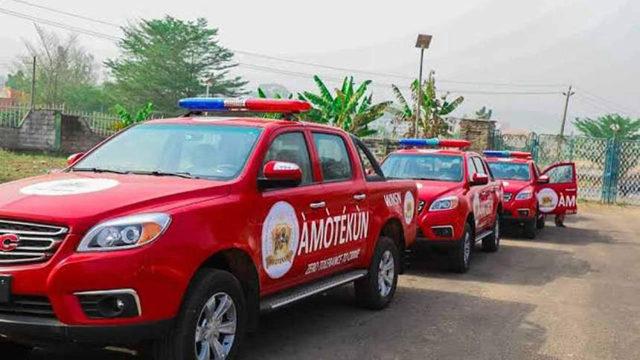 Amotekun raids night clubs, impounds 40 vehicles
