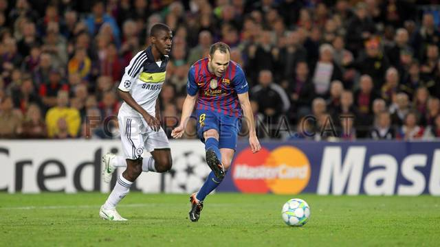 Iniesta made it 2 - 0, scoring from a true pass from Messi