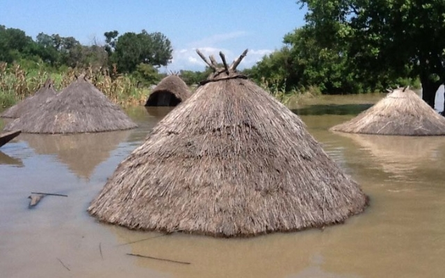 flooded-falluja-village-in-taraba